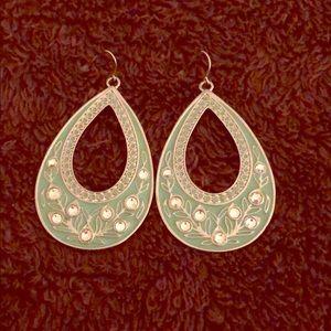 Jewelry - Eggshell blue earrings tear drop earrings